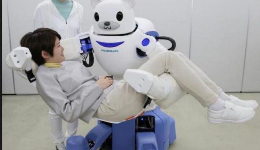 Robear : le robot infirmier qui prend soin des patients